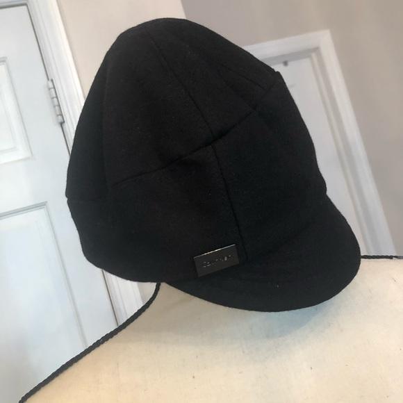 b9495472 Calvin Klein Women's Hats. Calvin Klein. M_5bdfa5a445c8b37b88a5cd0b.  M_5bdfa5a1619745e03a350626. M_5bdfa5a3fe5151fbfdbd4dd5.  M_5bdfa5a62e1478030ec95840